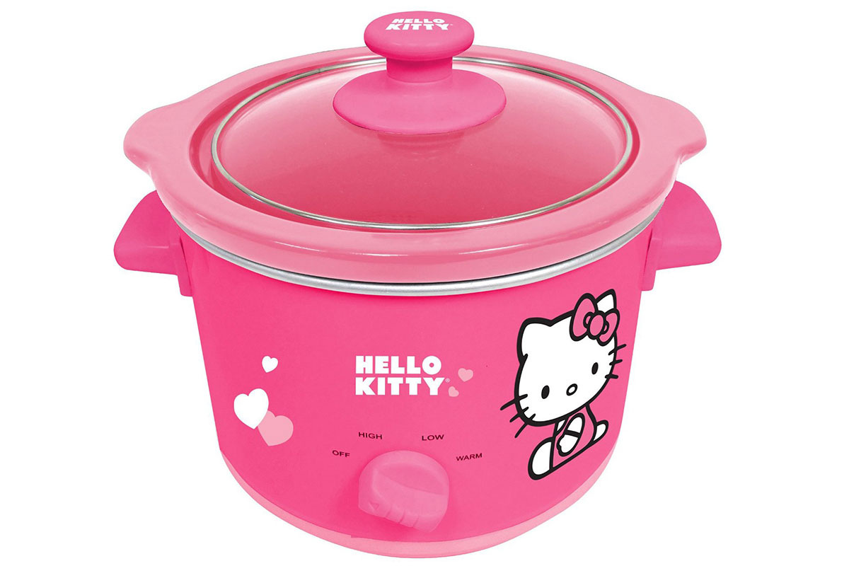 squarerooms-pink-hello-kitty-slow-cooker