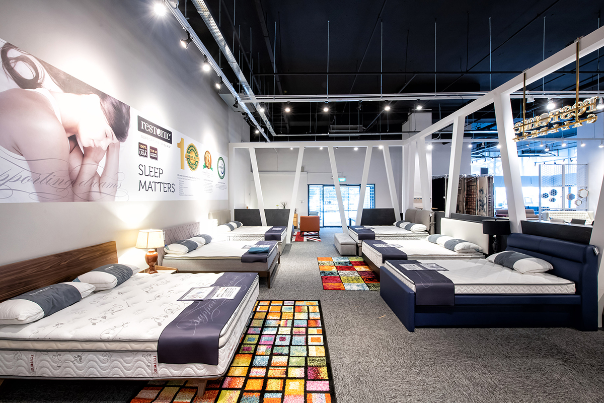 SquareRooms-OM-Home-Showroom-3