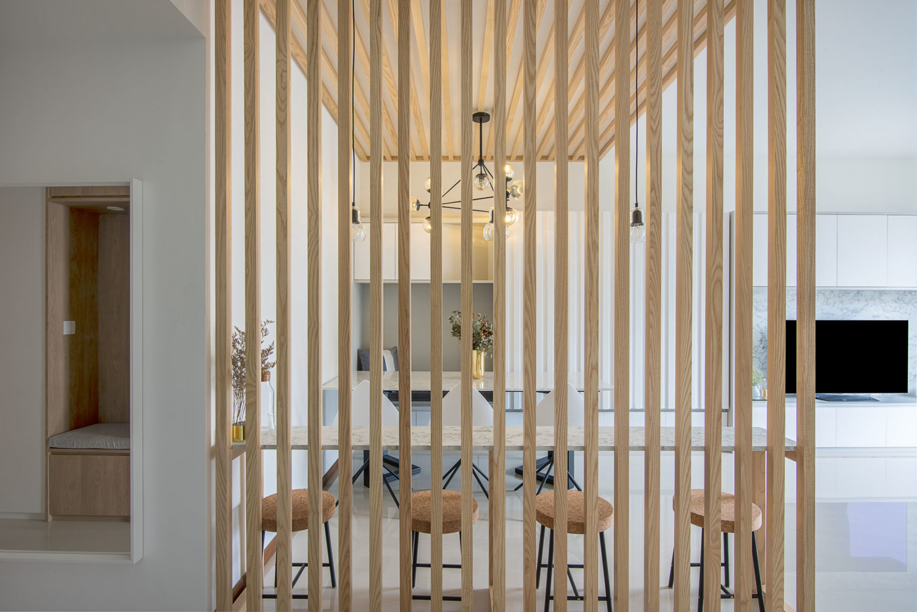 Creative Ways To Use Slatted Wood Walls In Your Home